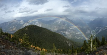 Rode the gondola to the top of Sulphur Mountain in Banff National Park and found a rainbow in the mountains!