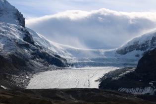 Athabasca Glacier, most-visited glacier in North America.