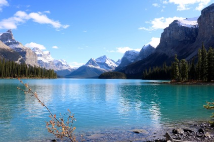 Maligne Lake and Spirit Island in Jasper National Park.