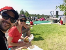 Food truck lunch in the park